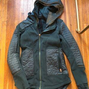 NWOT Lululemon Fleece Jacket 4